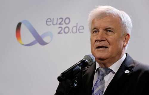 Seehofer erwartet Beschluss neuer EU-Asylregelung erst ...
